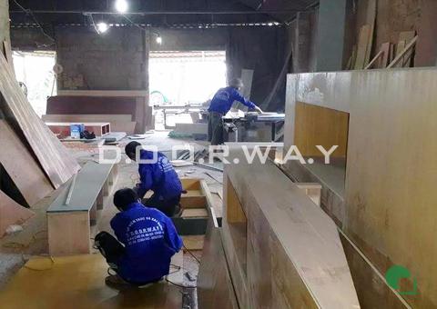 Xưởng sản xuất của doorway góc 01