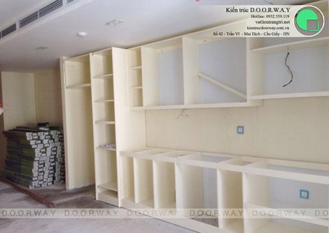Thi công nội thất tủ bếp Par Hill 8 nhà anh Hùng by kiến trúc Doorway ảnh thi công xong góc 02