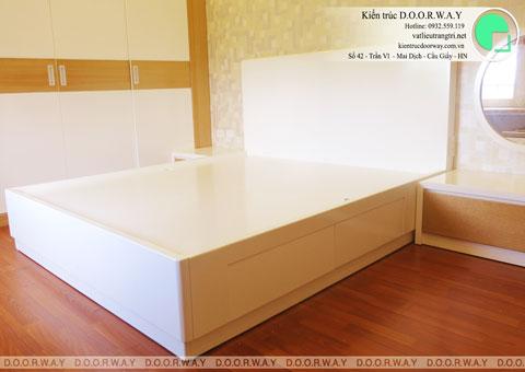 Thi công nội thất phòng ngủ chung cư Mễ Trì Hạ nhà anh Kiên by kiến trúc Doorway giường ngủ góc 01