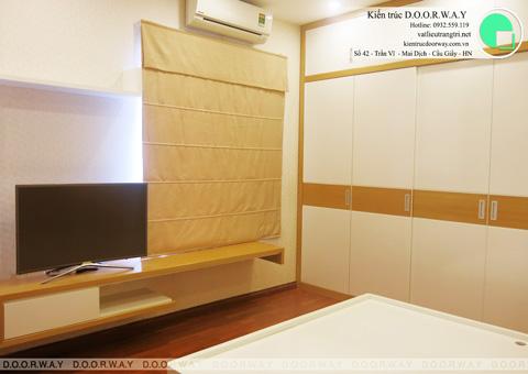 Thi công nội thất phòng ngủ chung cư Mễ Trì Hạ nhà anh Kiên by kiến trúc Doorway tủ áo góc 03