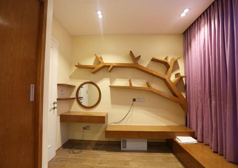 Thi công nội thất phòng ngủ con gái với kệ sách độc đáo by kiến trúc Doorway góc 06