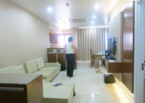 Thiết kế & thi công nội thất chung cư 95m2, chung cư Meco Complex 102 Trường Chinh nhà anh Thắng by kiến trúc Doorway phòng khách, phòng bếp góc 14
