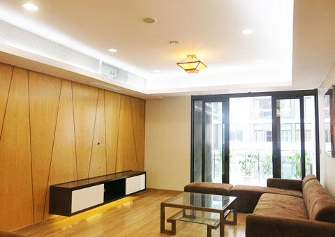 Thi công nội thất phòng khách nối liền phòng ăn 50m2 Mr Tĩnh chung cư Dolphin Plaza by kiến trúc Doorway, góc 03