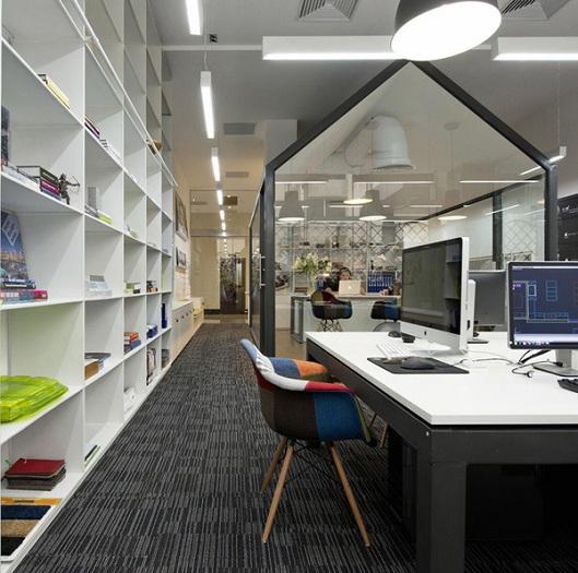 2- Những mẫu thiết kế văn phòng nhỏ hiện đại và ấn tượng