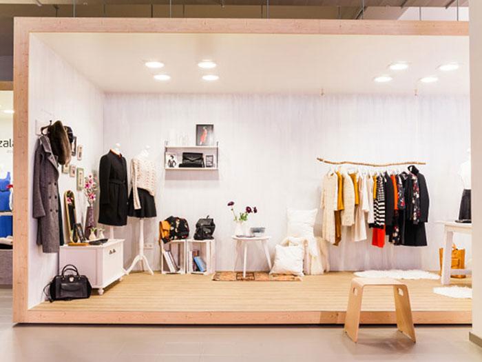 Làm thế nào để thiết kế nội thất showroom cửa hàng đẹp